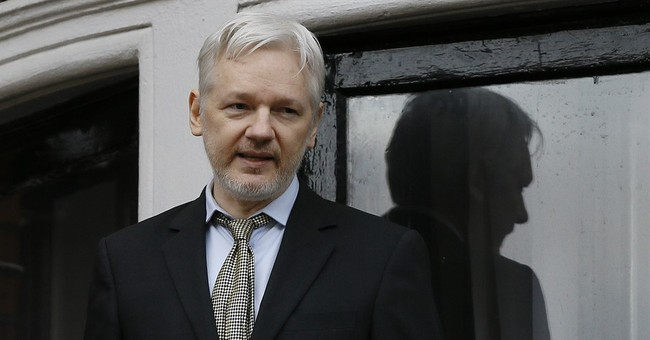 Report: Clinton Mulled Killing Wikileaks' Julian Assange With A Drone Strike