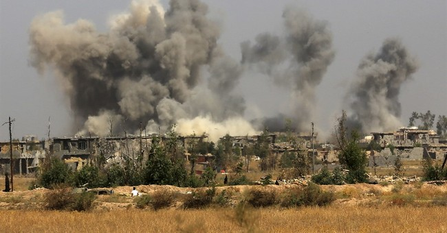 US Airstrikes Kill 250 ISIS Fighters Outside Fallujah