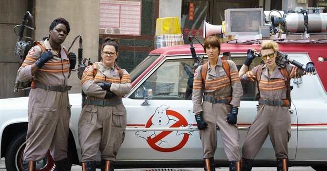 """Ghostbusters"" Review: Reboot Stands on its Own"