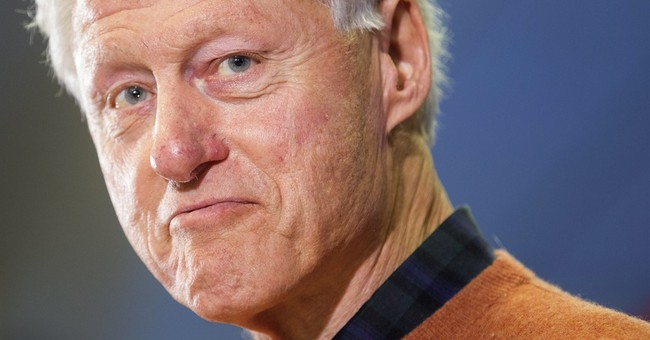 "At DNC, Bill Clinton Talks About How He ""Met a Girl"""
