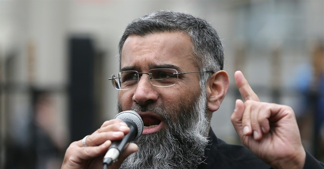Finally: Islamic Terrorist Anjem Choudary Getting Locked Up