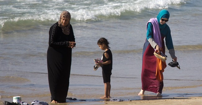 Sports Illustrated Tries To Sell America On The 'Burkini' As Female Empowerment