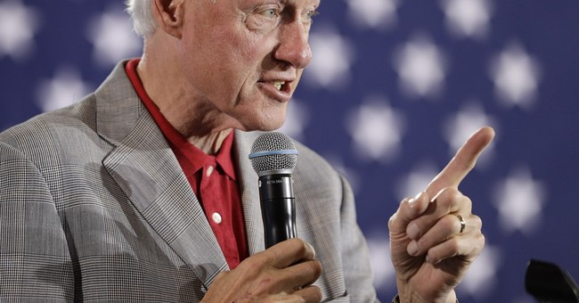 Democrats: Bill Clinton Isn't Really That Helpful Anymore