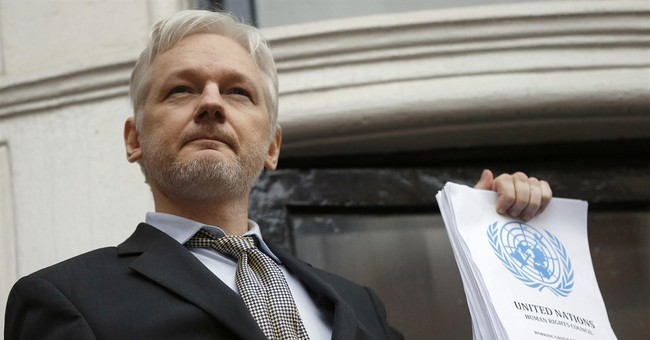 Assange: WikiLeaks Did Not Receive Hacked Emails From Russia