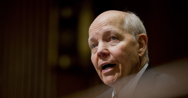 Republicans Tell Trump to Fire 'Dishonest' IRS Commissioner