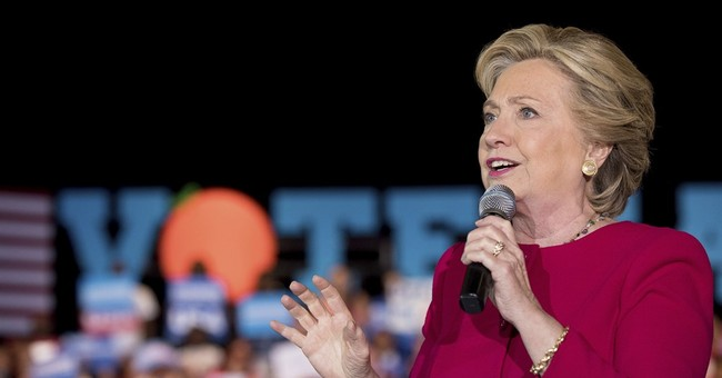 Watch Live: Clinton Holds Rally in Cedar Rapids