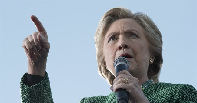 Watch Live: Clinton Holds Rally in Des Moines