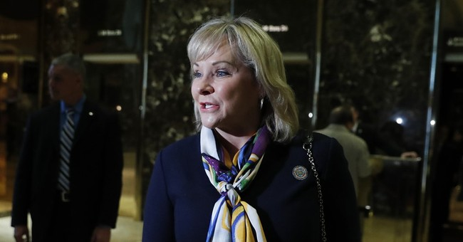Cabinet Watch: Gov. Mary Fallin Leading Candidate for Interior Secretary