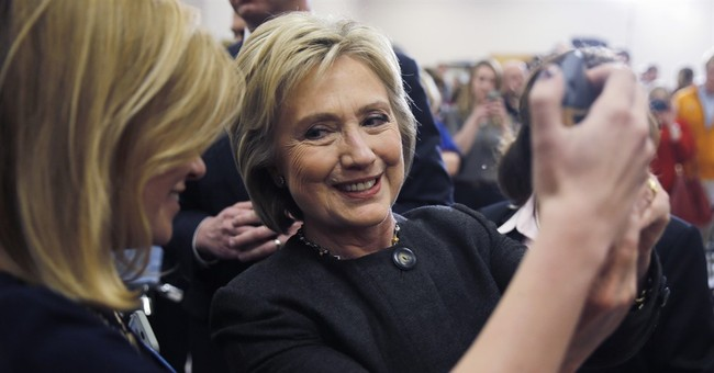 Hillary's Iowa 'Win' is a Big Loss for Democrats