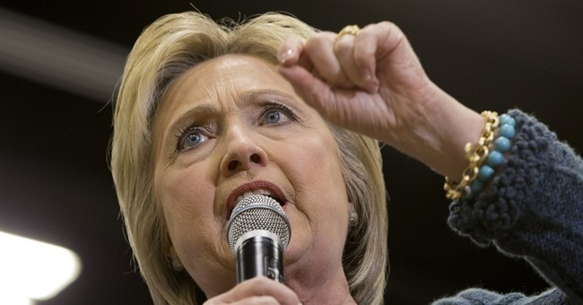 Former Obama Defense Intelligence Chief: Hillary Should Withdraw From Race Over Emails