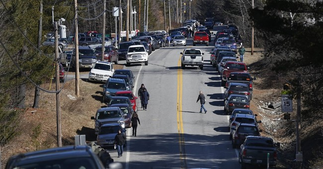 After Sunday's Long Lines and Confusion, Maine May Abandon Caucuses