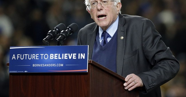 2016 RACE ROUNDUP: After Landslide Wins, Confident Sanders Slams Hillary Fundraisers