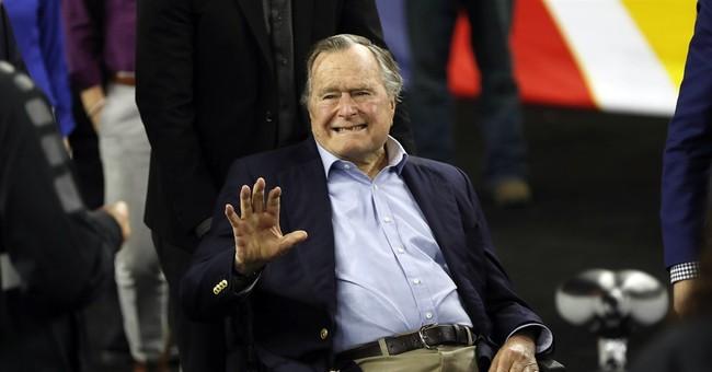 George H. W. Bush Congratulates Trump on His Victory