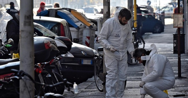 Italy bomb squad expert loses eye, hand to exploding package