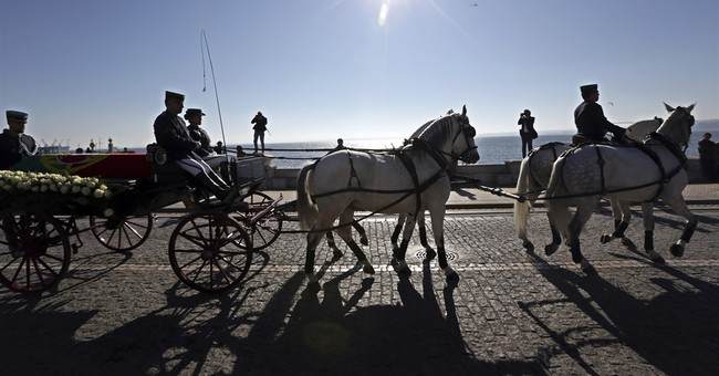 Foreign dignitaries attend funeral of former Portugal leader