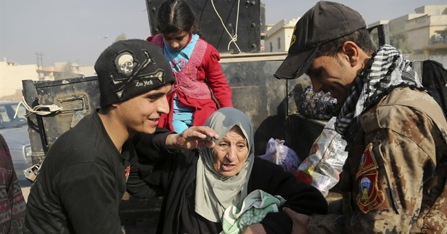 UN: Civilians increasing flee IS-held Mosul; 135,500 now out