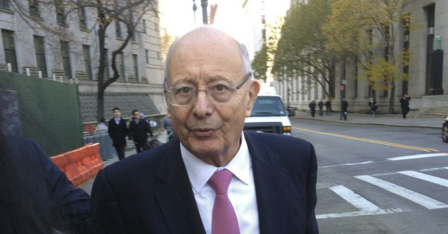 Ex-US senator, 79, escorted off plane for making a commotion