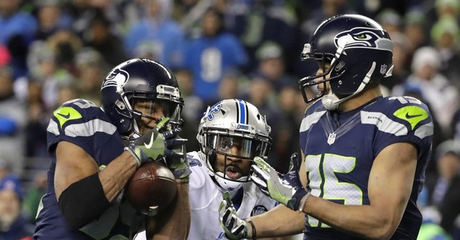 Football, Globes help NBC to 7th straight weekly ratings win