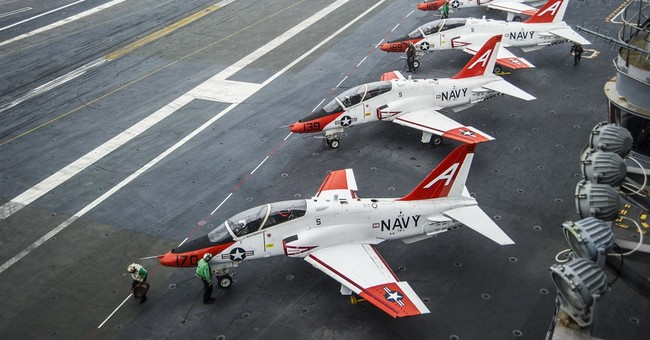 Navy continues to ground training plane over oxygen problems