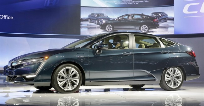 Hydrogen fuel cell cars creep up _ slowly _ on electrics