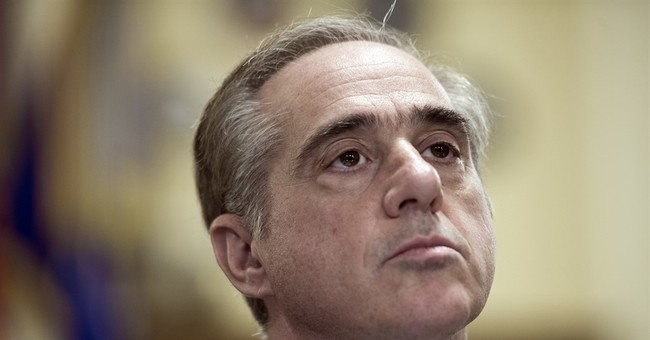 Shulkin pledges review to fix problems at DC medical center