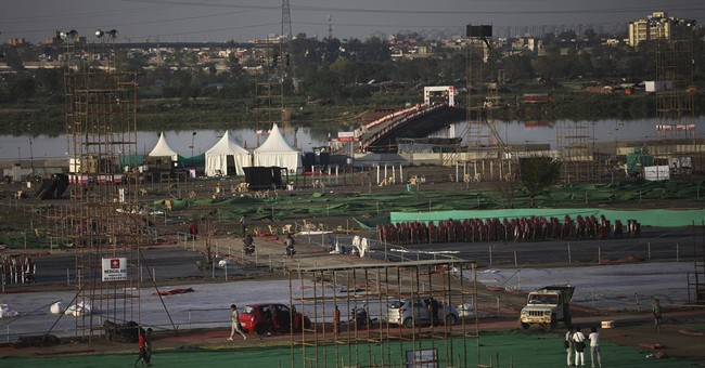 Indian green watchdog: Festival massively damaged river bank