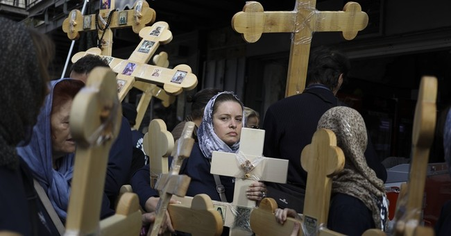 AP PHOTOS: Christians celebrate Good Friday in Jerusalem