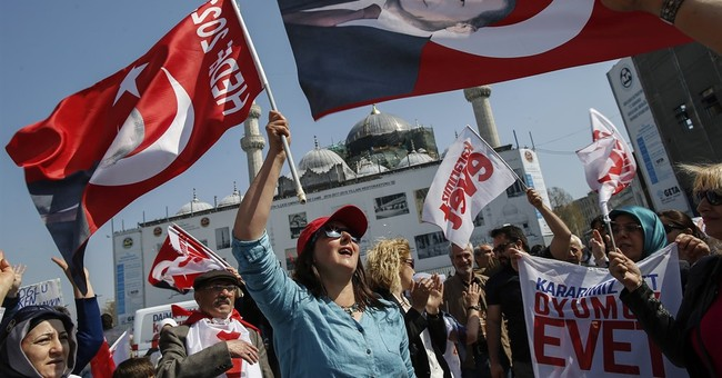 Turkey referendum: What are the main issues and process?