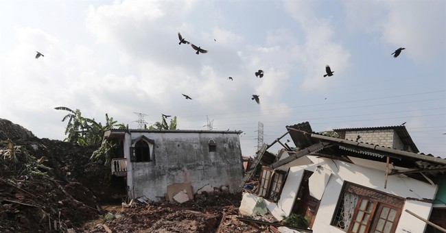 20 killed in Sri Lanka as massive mound of garbage collapses