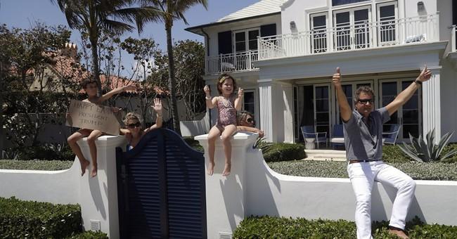 Trump attends Easter service in Palm Beach