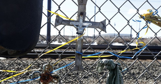 Roadside memorials a tricky matter for mourners, officials