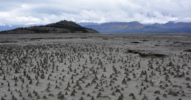 River Piracy: Global Warming-Driven Glacier Melting Reroutes River In Canada