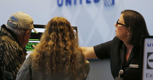 United's 1Q profit fell 69 percent, before dragging incident