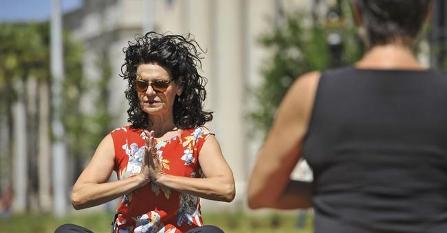 Namaste: Florida judge teaches yoga on courthouse lawn