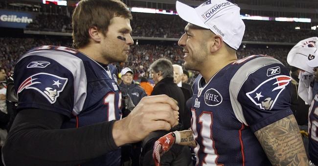 Trump congratulates Patriots, doesn't mention Hernandez