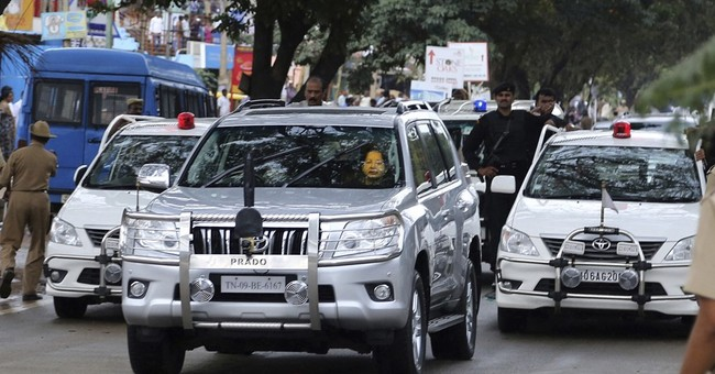 Indian officials to lose red beacon lights atop their cars