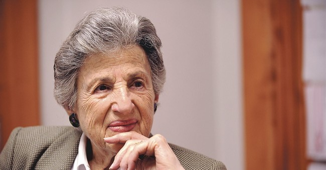 Ruth Sulzberger Holmberg, past newspaper publisher, 96, dies