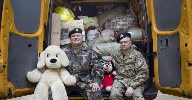 Lithuanian volunteers help soldiers in eastern Ukraine
