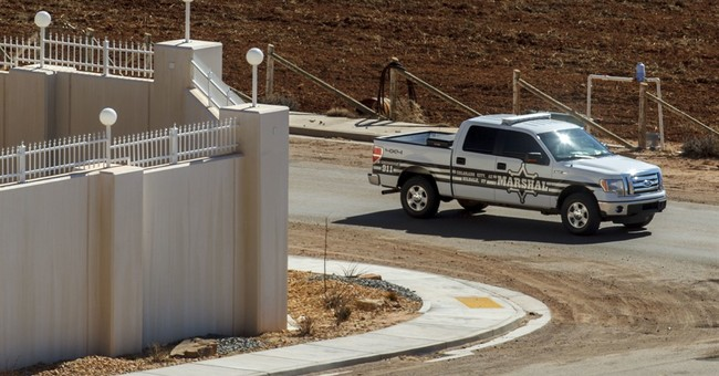 Judge spares police in polygamous towns, orders monitoring