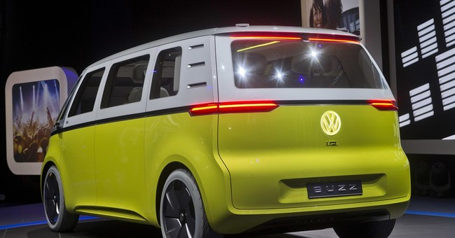 6 things we learned at the Detroit auto show