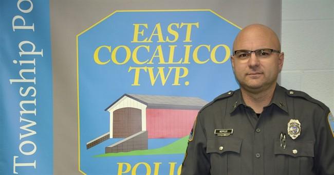 Cop gets surgeon, liver to emergency transplant after crash