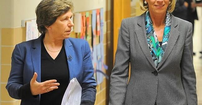 Education secy, teachers union chief meet on school tour