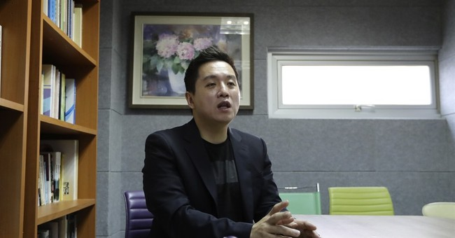 After sex video, S. Korea accused of targeting gay soldiers