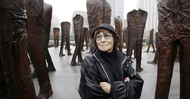 Polish sculptor Magdalena Abakanowicz dies at age 86