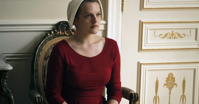 Elisabeth Moss returns to TV in Hulu's 'Handmaid's Tale'