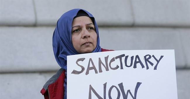 Sanctuary cities threatened with loss of federal grant money