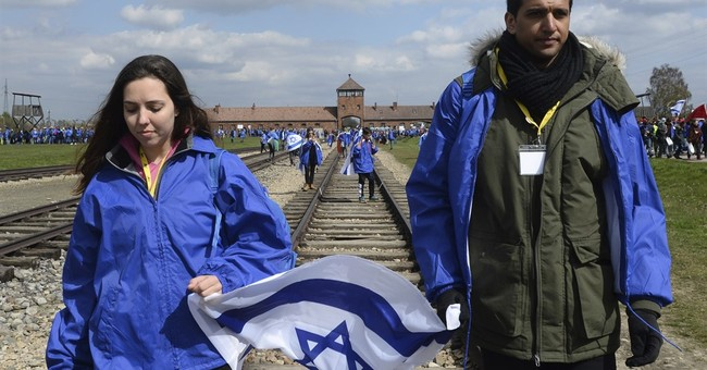 Thousands at Auschwitz for yearly Holocaust memorial event