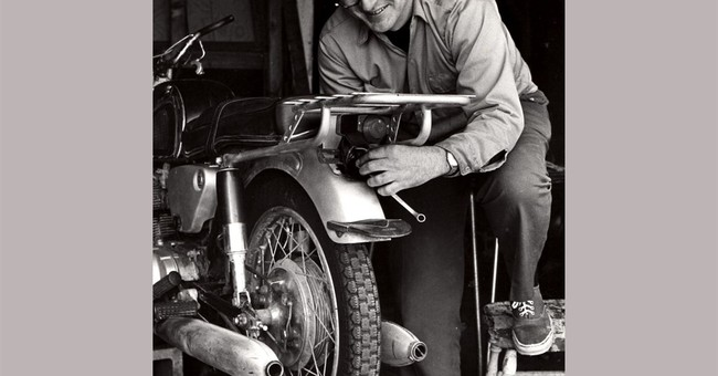 'Zen and the Art of Motorcycle Maintenance' author dead