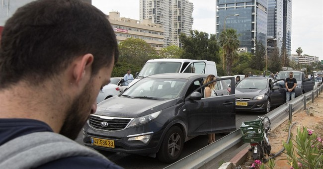 Siren wails as Israel marks annual Holocaust Remembrance Day