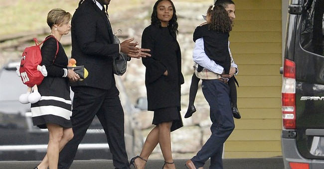 Aaron Hernandez friends, family turn out for private funeral
